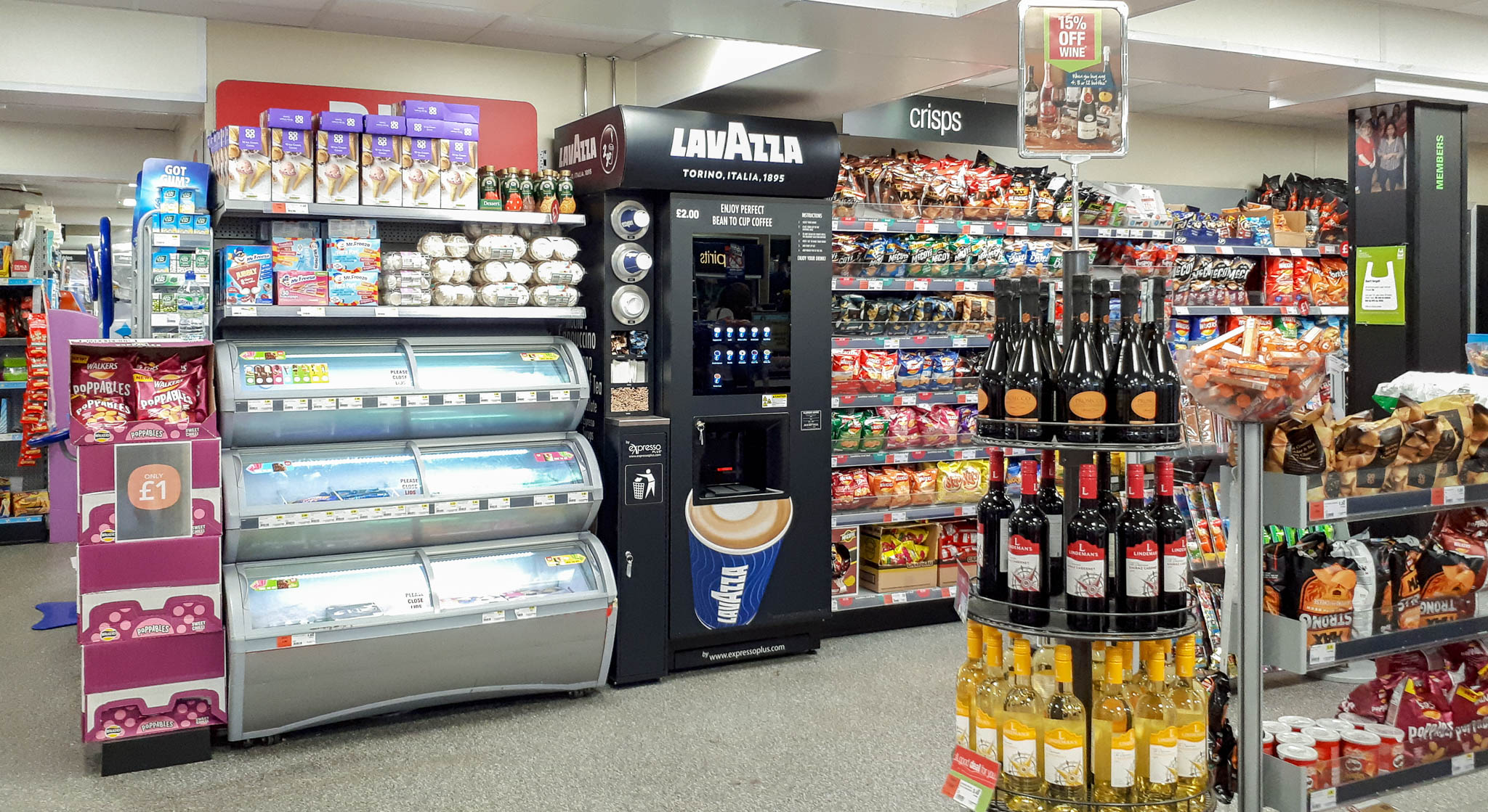 Retail Coffee Vending Machine Solution by eXpresso PLUS